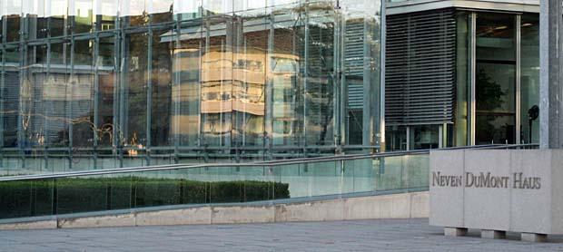 Hier enstehen die Zerrbilder der Welt:: Konzernzentrale in Köln